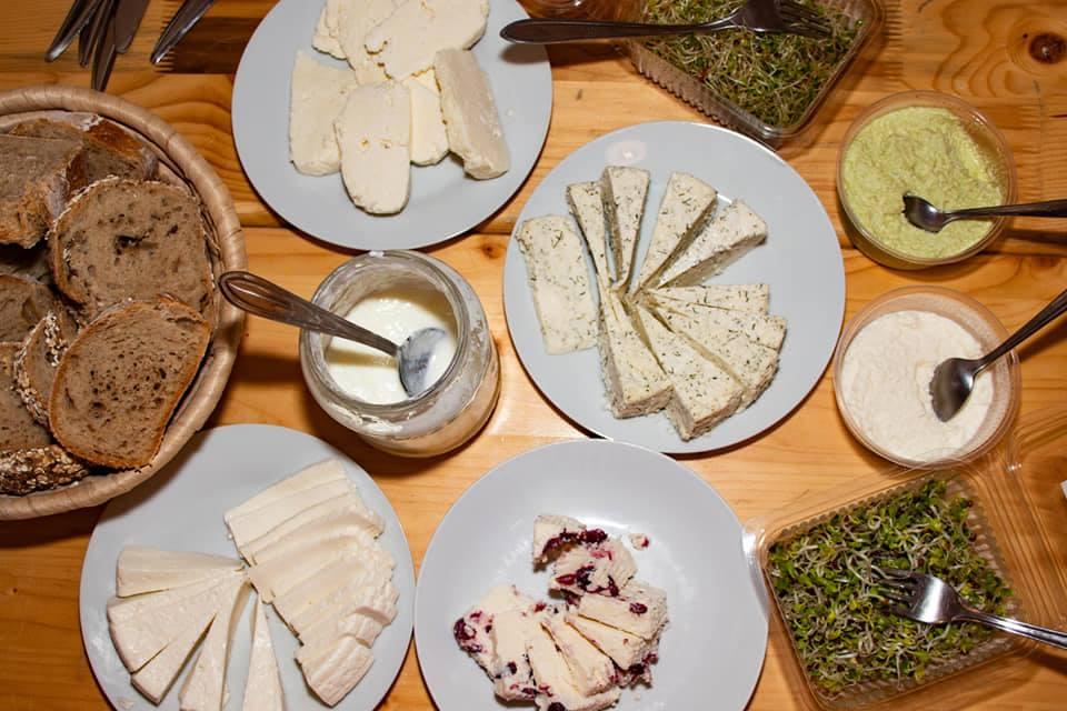 Kovászos, sajtos